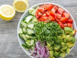 Салат с авокадо - фото шаг 2