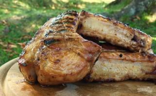 Свиные ребрышки на гриле в медово-горчичном маринаде - фото шаг 6