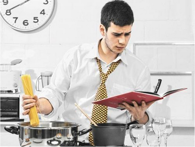 Праздничный ужин 8 Марта: полезные советы мужчинам!