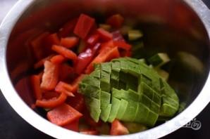 Салат из курицы и авокадо - фото шаг 4