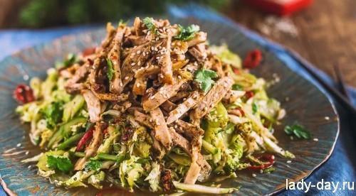 Мясной салат в азиатском стиле