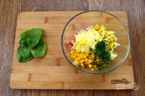 Новогодний салат в тарталетках - фото шаг 2