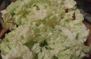 Простой салат из пекинской капусты и яиц - фото шаг 1