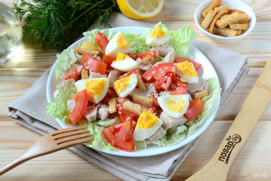 Салат из пекинской капусты с куриной грудкой