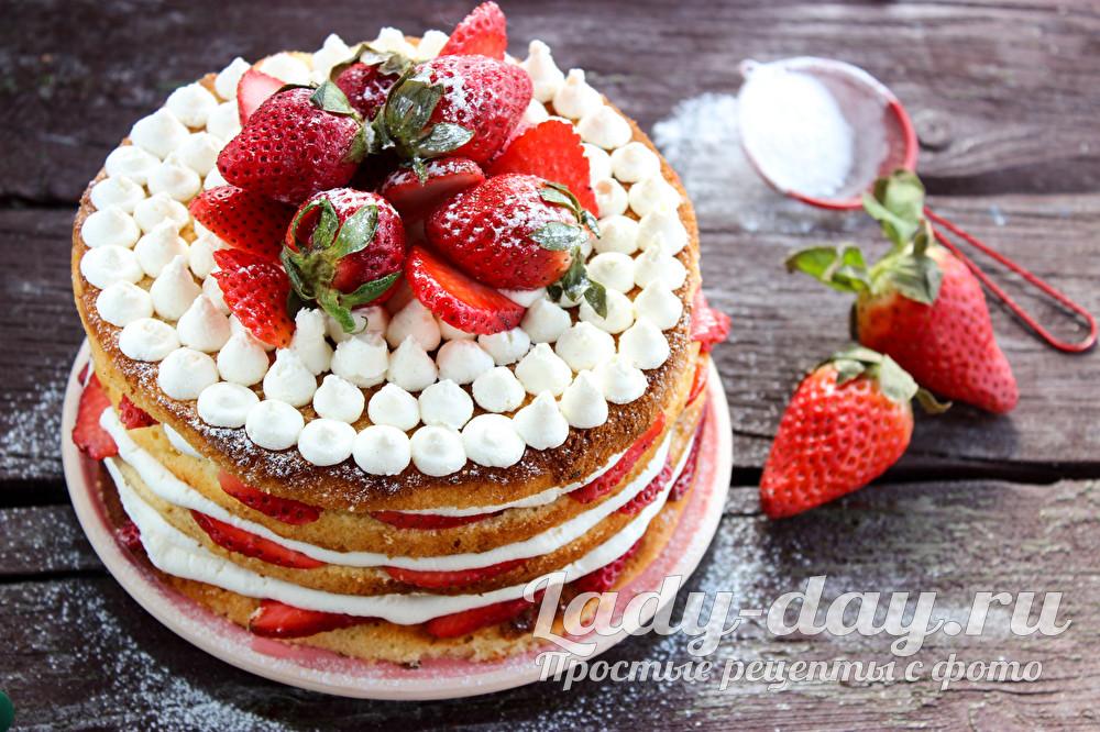 бисквитный торт с клубникой рецепт с фото пошагово в домашних условиях