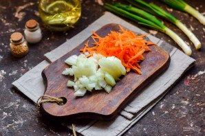 Салат с яичными блинчиками и печенью - фото шаг 2