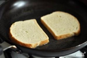 Горячие бутерброды с сыром и помидорами - фото шаг 2