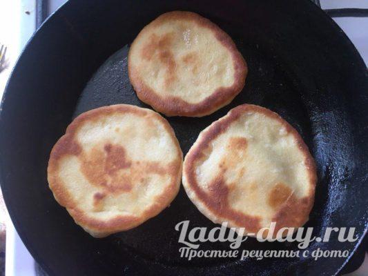 жарим на сковороде