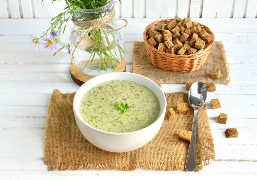 Крем-суп с рисом, шпинатом и брокколи