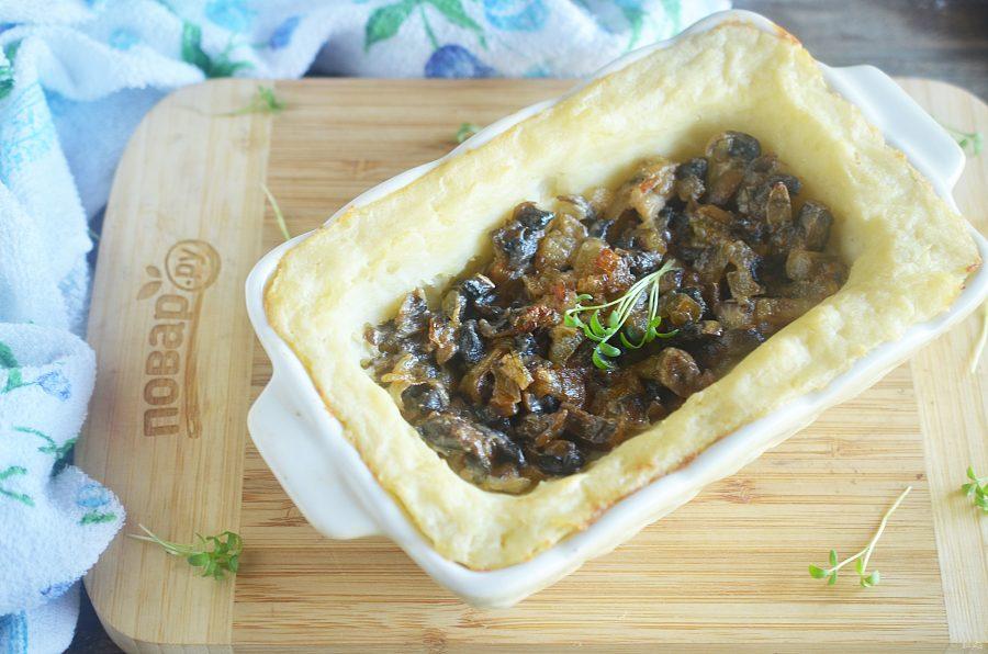 Запеканка с картофельным пюре и грибами