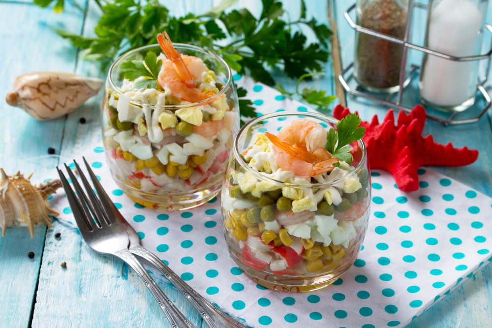 Слоеный салат с домашним майонезом