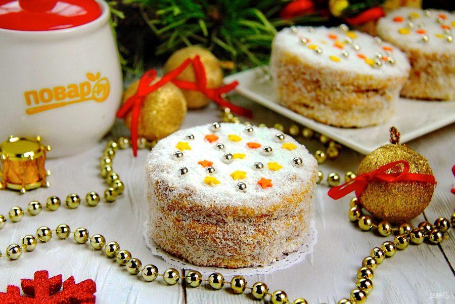 Медовые пирожные на Новый год