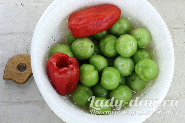 зеленые помидоры и перец