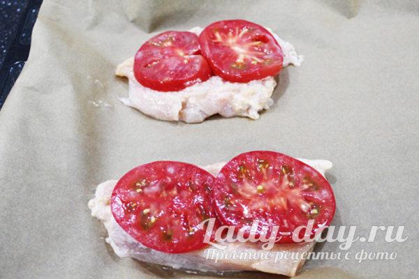 мясо с помидорами
