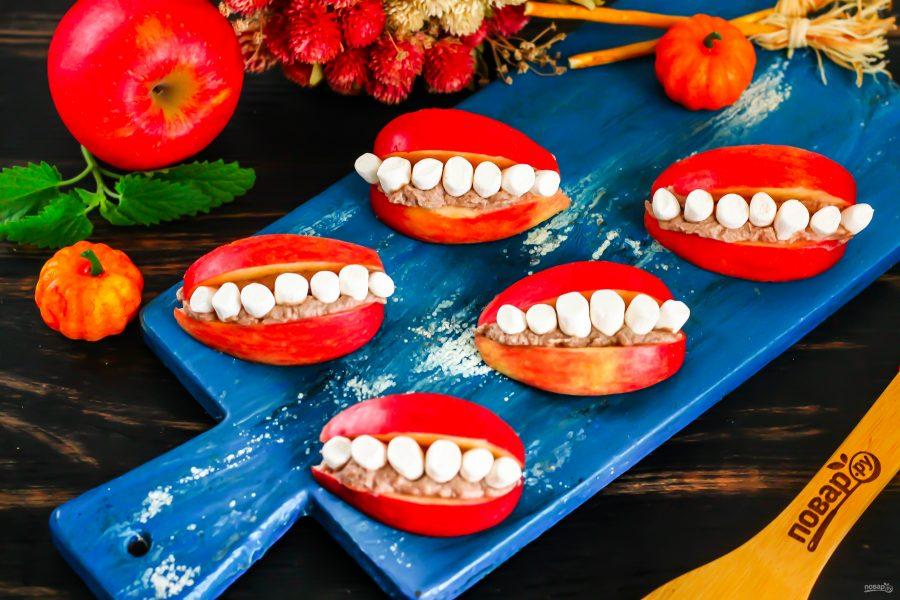 Улыбка с зубами