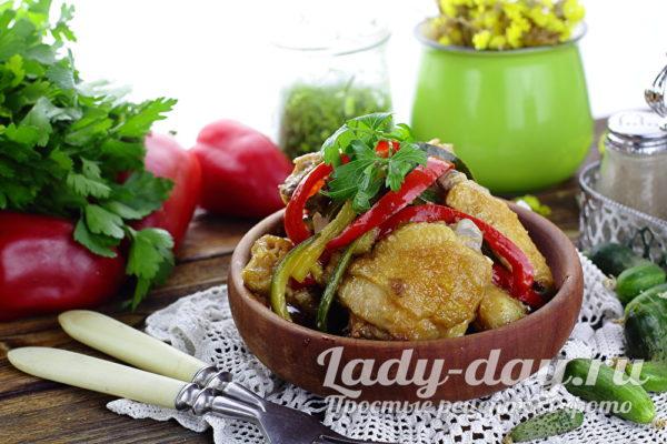 Курица с овощами в соевом соусе