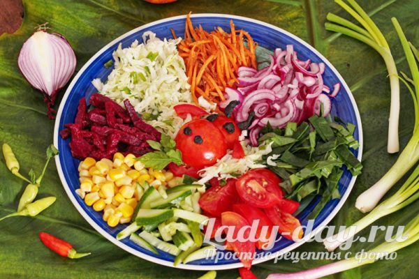 салат бычок в огороде