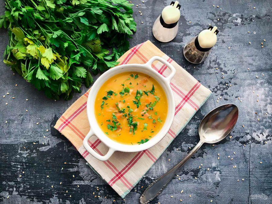 Суп с копченой курицей и тыквой