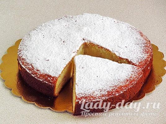 Пирог с грушами на рисовой муке