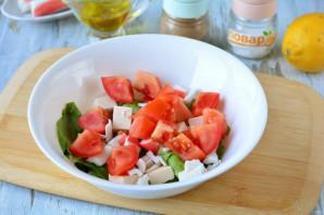 Салат с фетаксой и крабовыми палочками - фото шаг 5