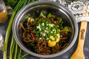 Салат с морской капустой и свежим огурцом - фото шаг 4
