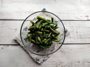Салат с омлетом и фасолью - фото шаг 5