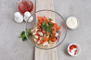 Салат с помидорами и куриным филе - фото шаг 3