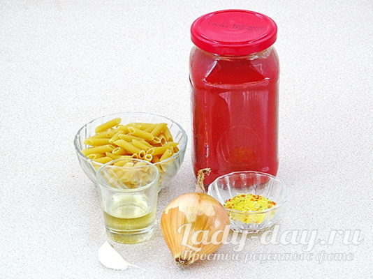 макарон и томат паста