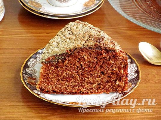 пирог с какао и халвой