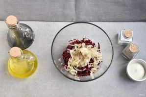 Салат со свежей свеклой - фото шаг 4