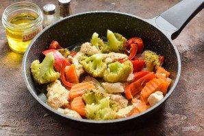 Овощное рагу с курицей и брокколи - фото шаг 7
